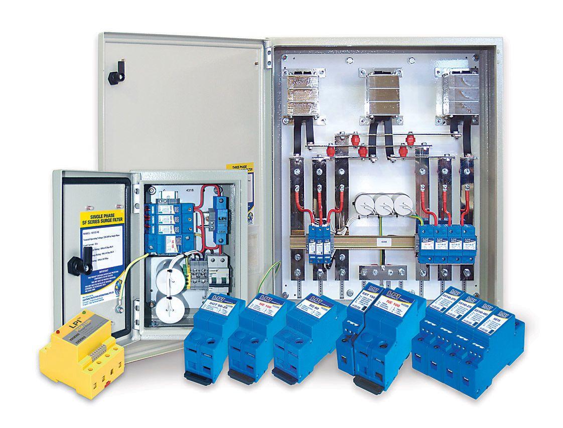 Tủ cắt lọc sét 3 pha 125A: LPI SF3125-480-100+50-AIMCB